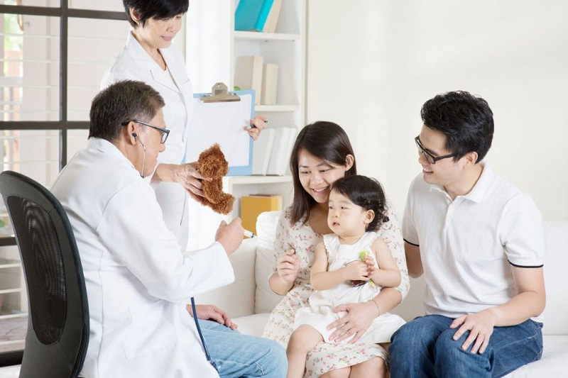 bảo hiểm sức khỏe cho bé